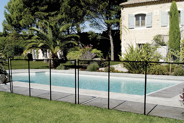 R novation de piscine salon de provence rev tement pvc for Securite piscine loi