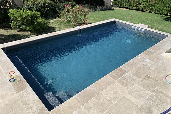 pisciniste-renovation de piscine-construction de piscine-spa-equipements de piscine-amenagement de piscines-piscinier